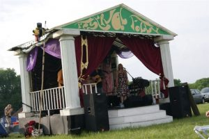 Folly stage